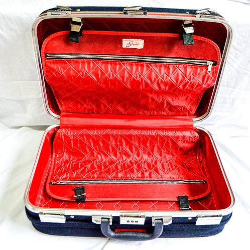 ** to update (set of vintage luggage)