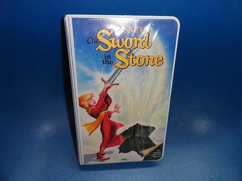 SWORD IN THE STONE Disney Black Diamond Classics