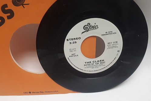 The Clash Gates of the West / Groovy Times '45