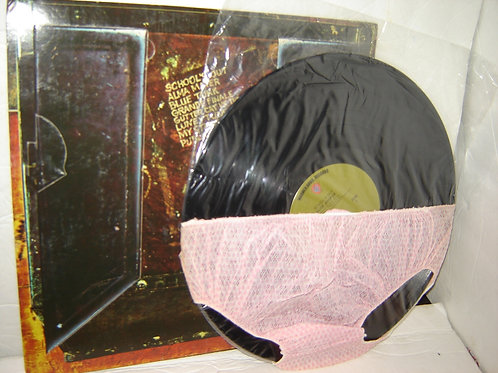 SCHOOL'S OUT - 1972 ALICE COOPER RECORD w/PANTIES