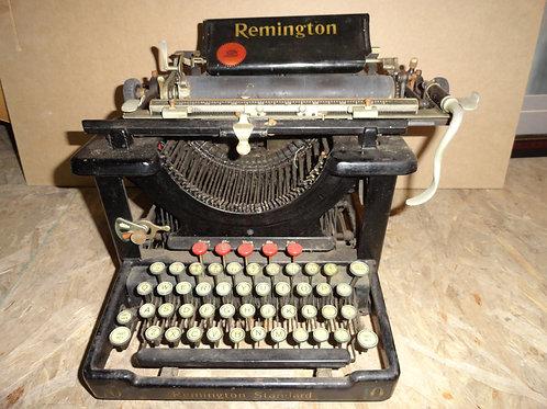 1910's REMINGTON STANDARD 10 TYPEWRITER