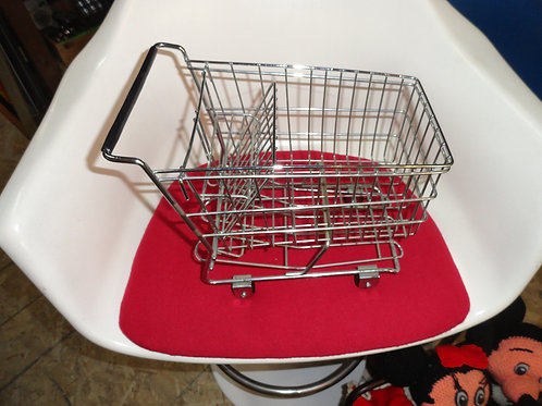 WORLD'S SMALLEST SHOPPING CART