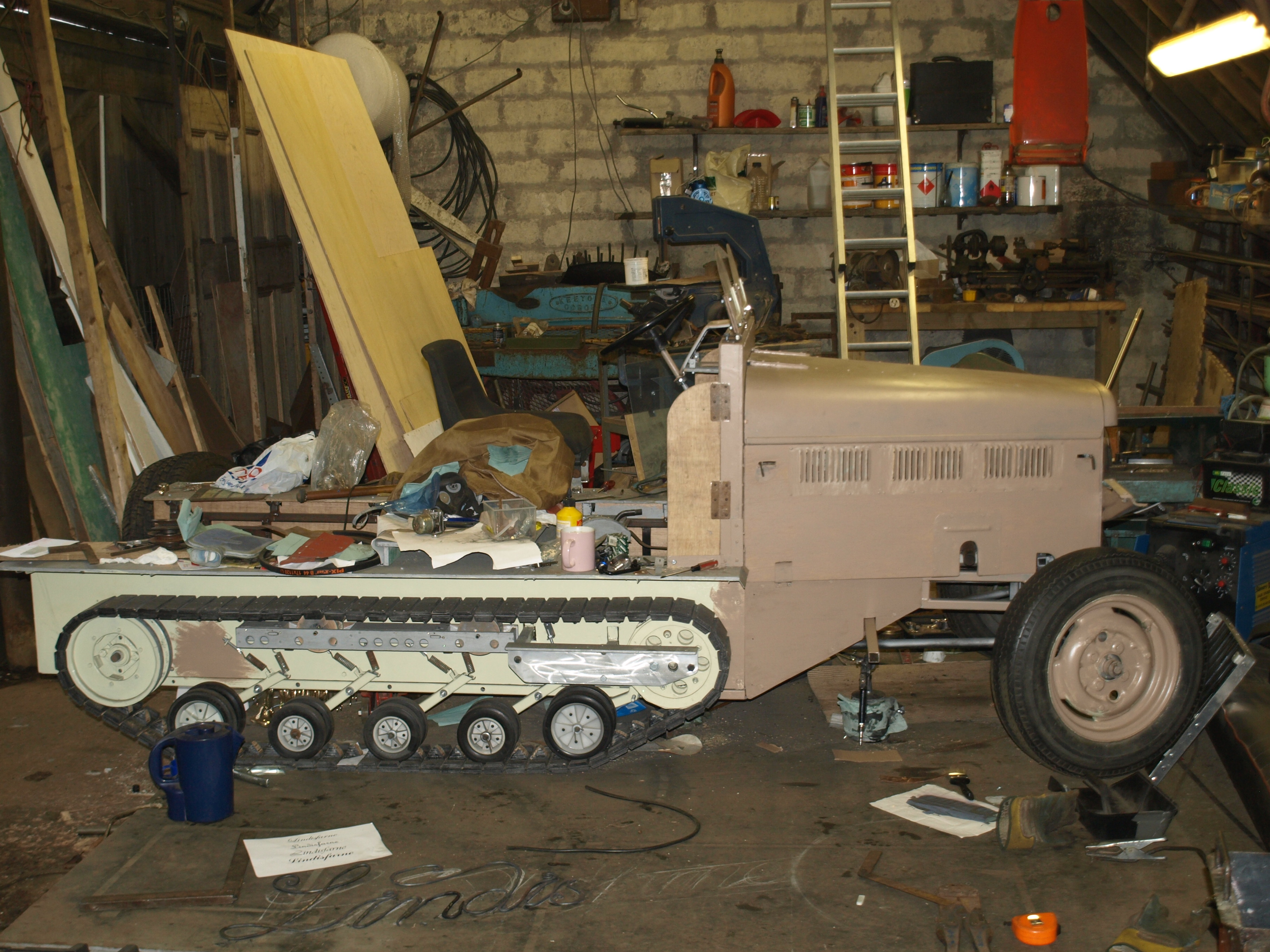 Halftrack bodywork