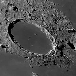 Cráter Platón en la Luna