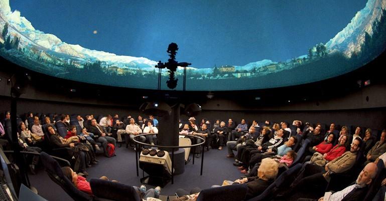 Planetario lleno.jpg