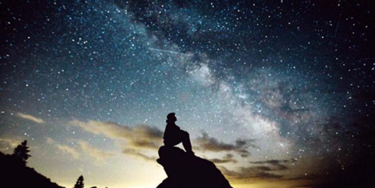 Mirando al cielo.jpg