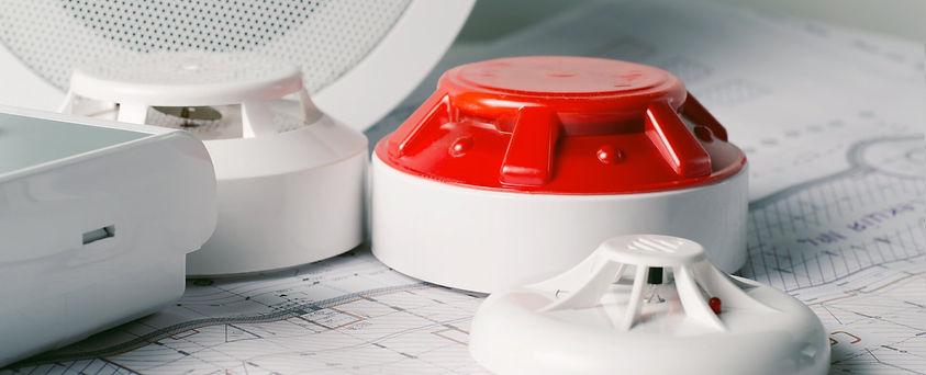 Brandschutz-Alarm-shutterstock-104972240