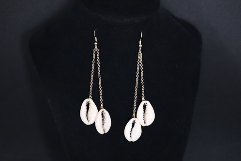 Large Cowrie Shell Gold Chain (2) - Earrings : French Hook Dangles