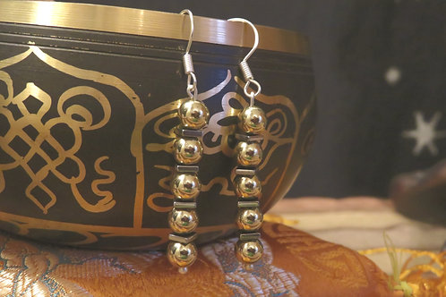Rockstar Gold Glamour Hematite Square (9) - Earrings : French Hook Dangles