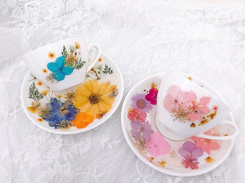 | 押花白陶瓷茶具套裝 |