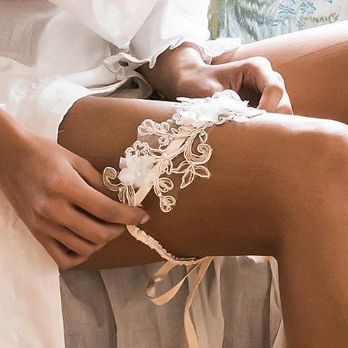 Lace & Rhinestone Bridal Garder