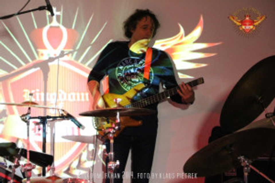 kingdomofkhan ali khan drums 2014 schlossprobe silverstage masan raschner bono johnson (3)