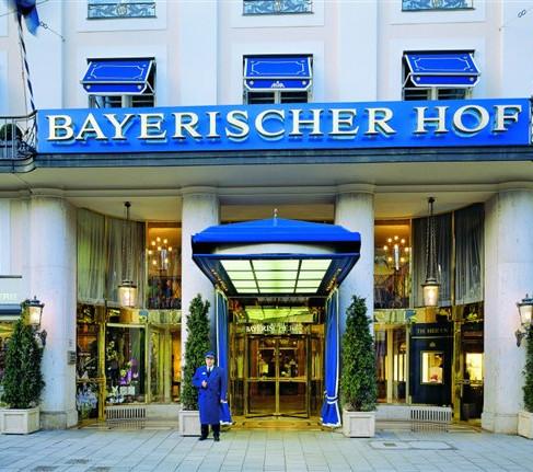 20.Nov.2014 , 16,30 Uhr-Pressekonferenz, Bayerischer Hof, München, Pianobar.