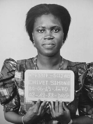 simone-gbagbo-prisonnier-en-1988.jpg