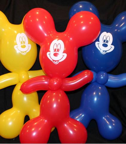 Huggable Mickey Balloon