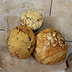 Fresh Bread & Cie Baked Goods