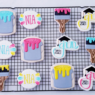 Graudation Art Theme Cookies.jpg