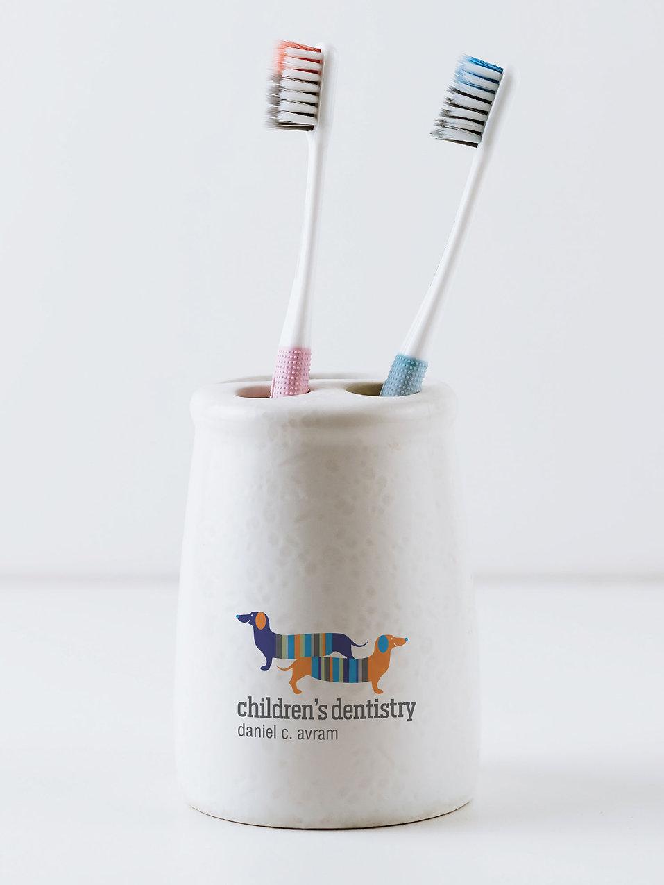 Avram Toothbrush Holder-01.jpg