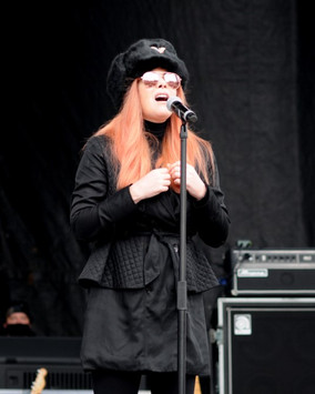 Stephanie Singing Jericho March.jpg
