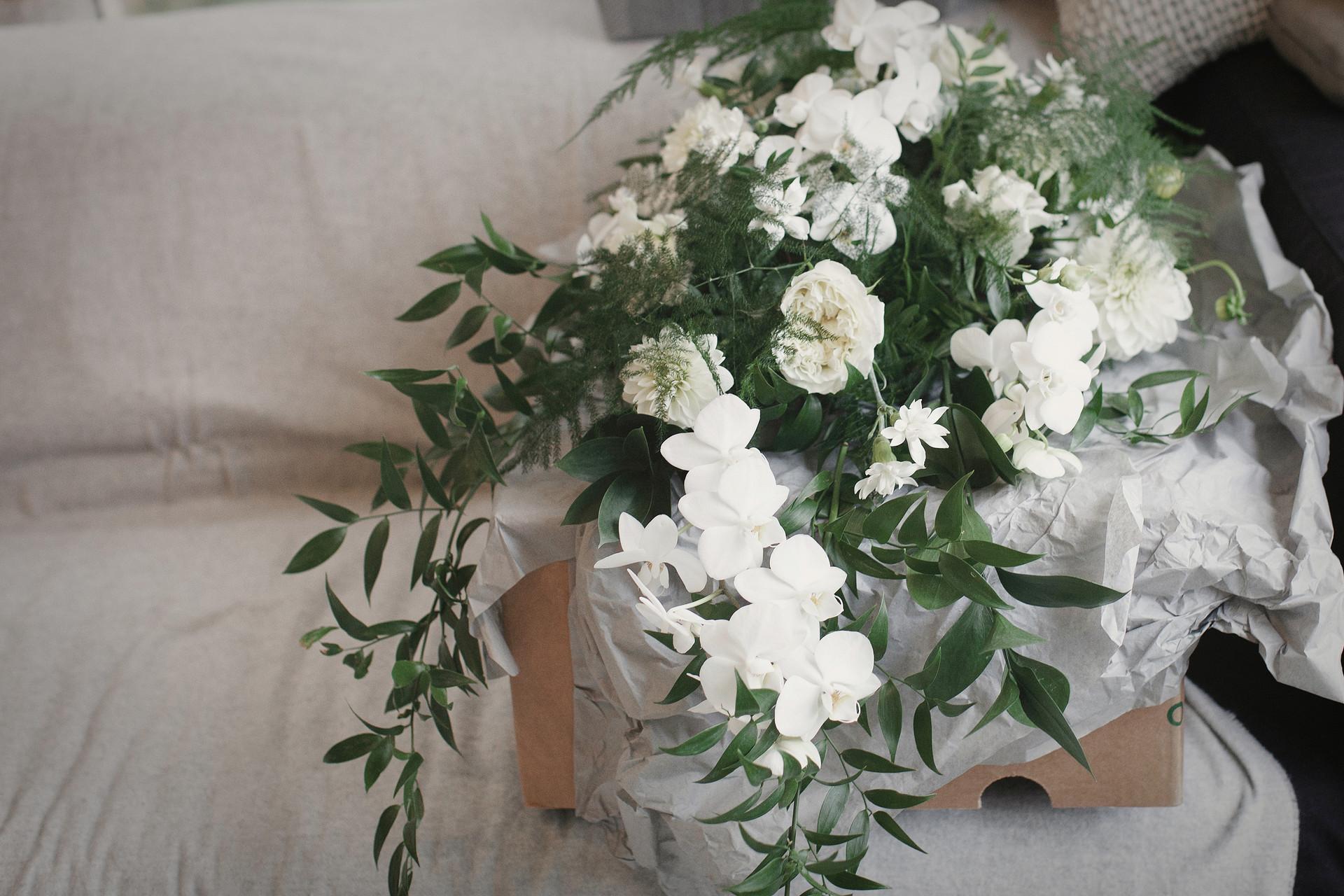 01_Bridal_Prep-67.jpg