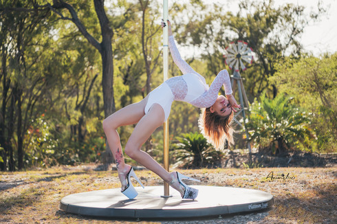 Contemporary and pole shoot