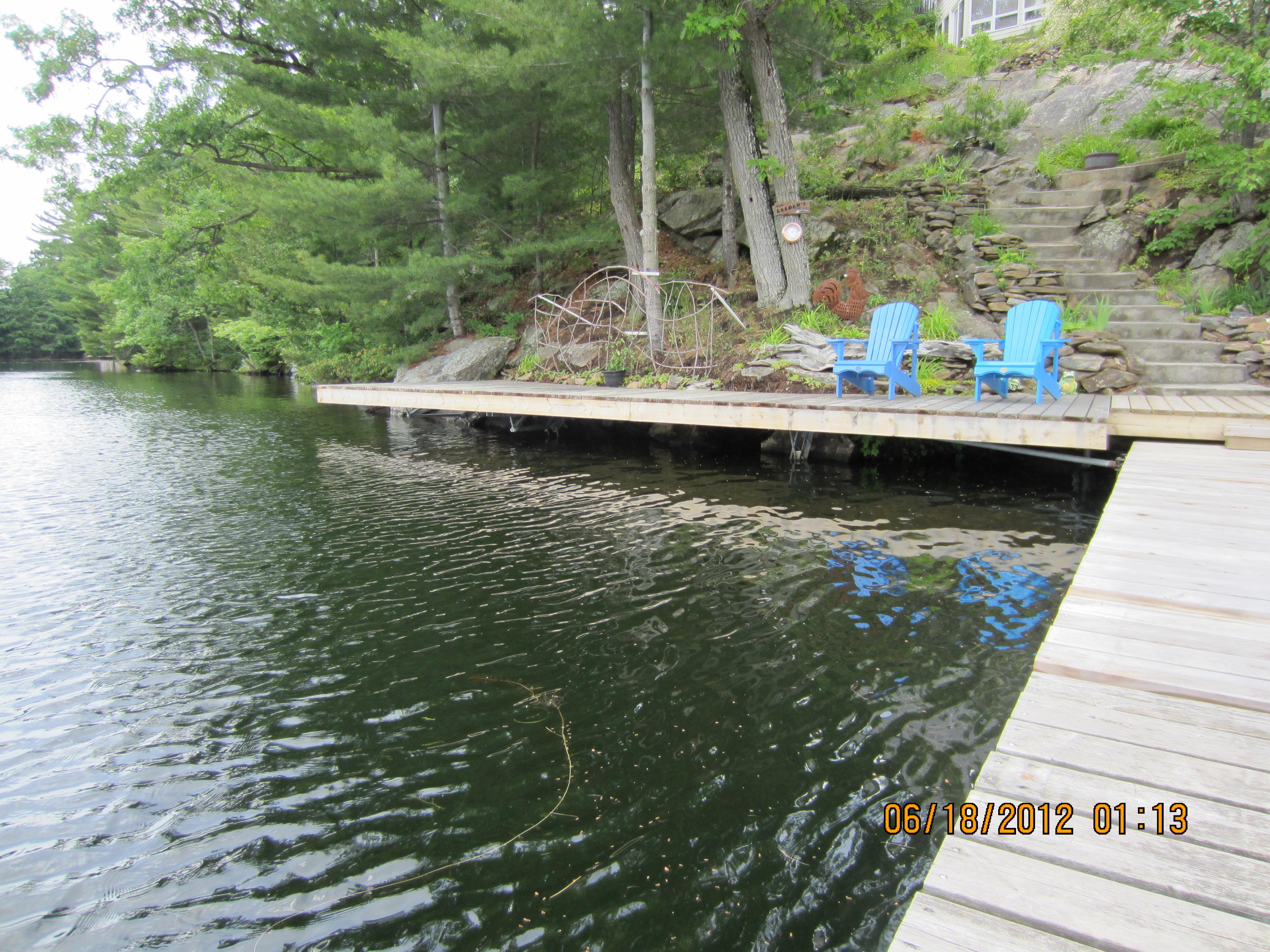32ft of Shoreline Deck