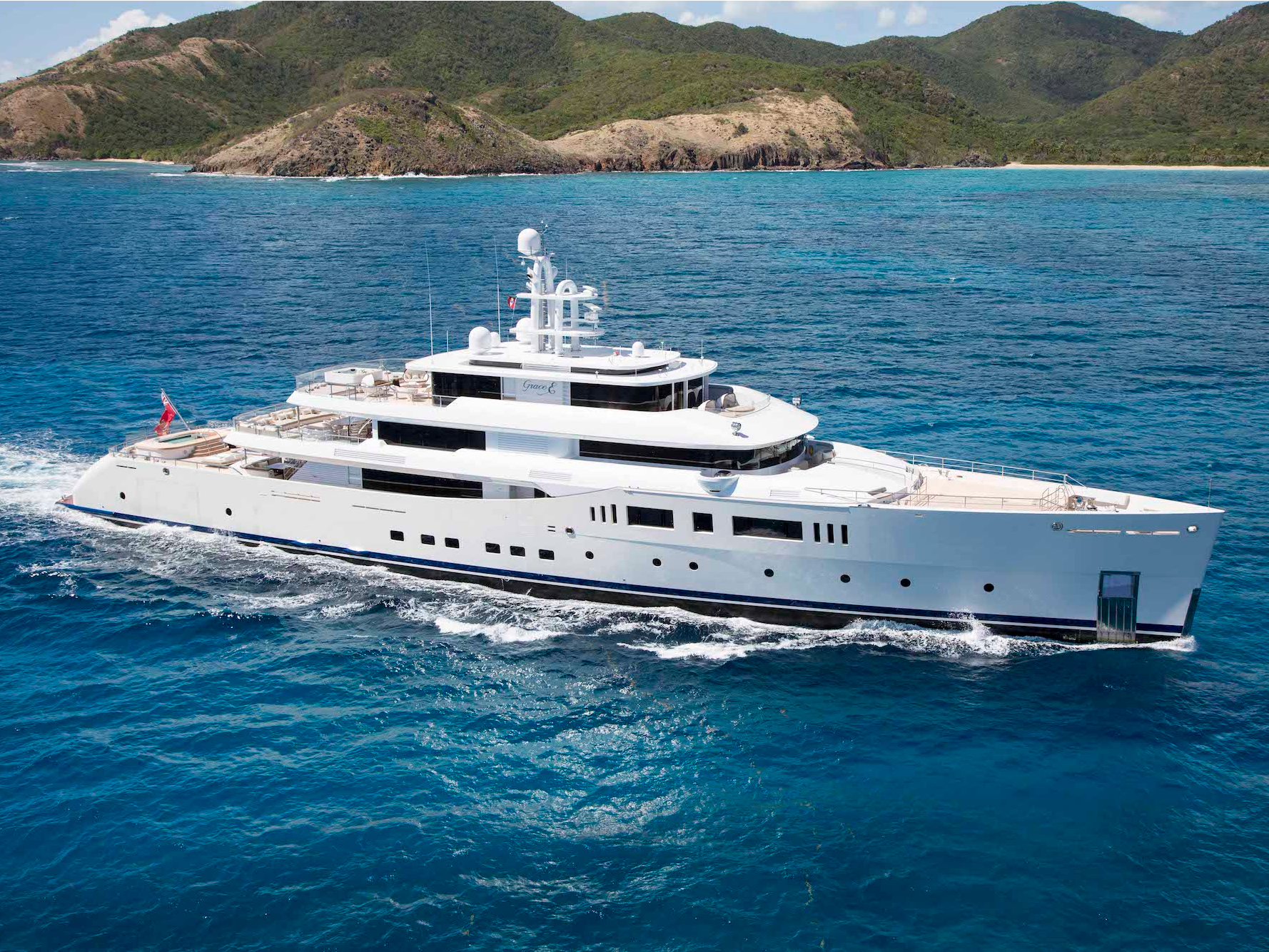 take-a-rare-look-inside-the-luxurious-92-million-superyacht-that-has-a-sushi-bar-a-salon-jacuzzi-and