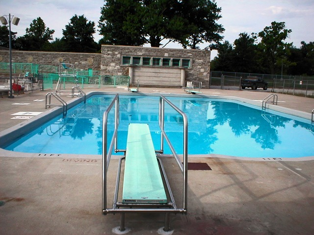 Swope Park Pool