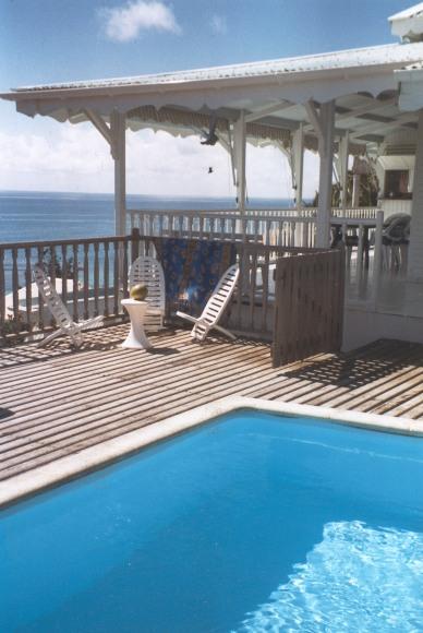 villa le  lagon piscine Guadeloupe.jpg