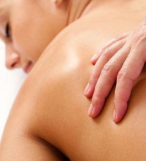 Medizinische Massagen zur Schmerzlinderung, Durchblutungsförderung, Verbesserung des Stoffwechsels und zur Anregung der Durchblutung.