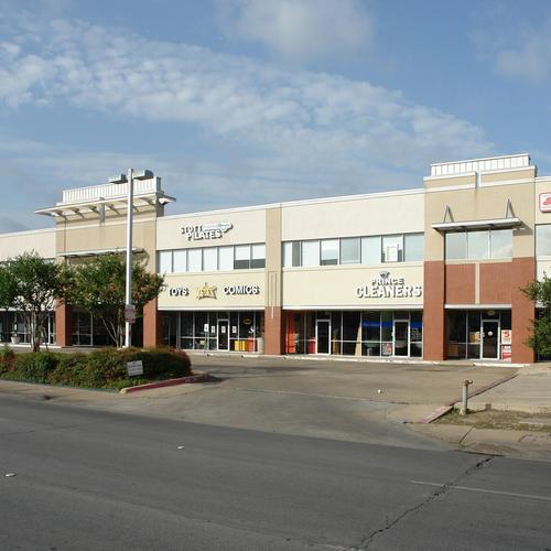 4411 Lemmon Ave.