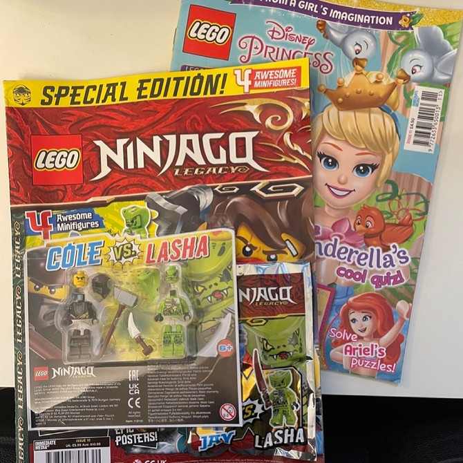 Building stories with LEGO comics