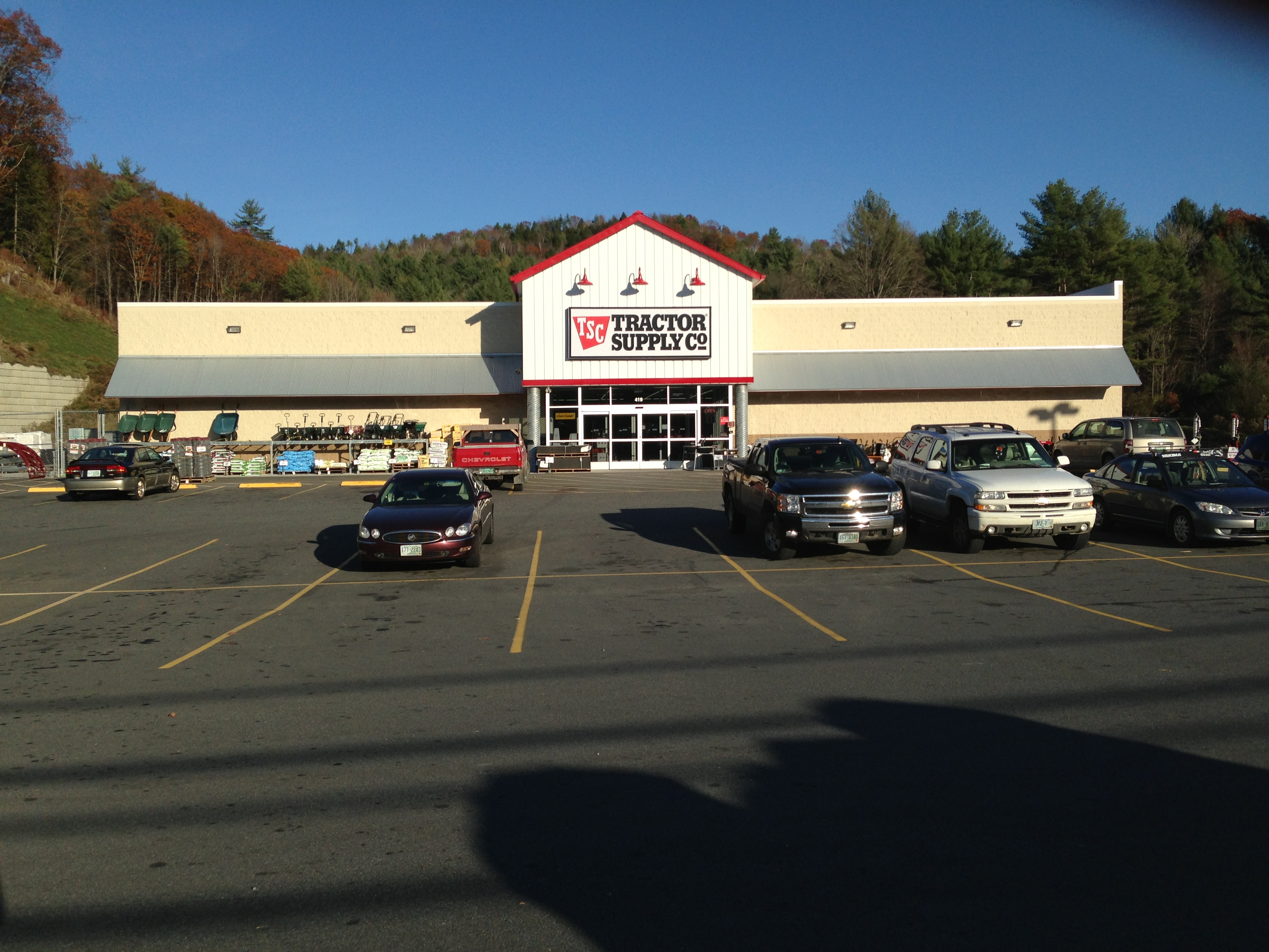 Claremont NH Tractor Supply