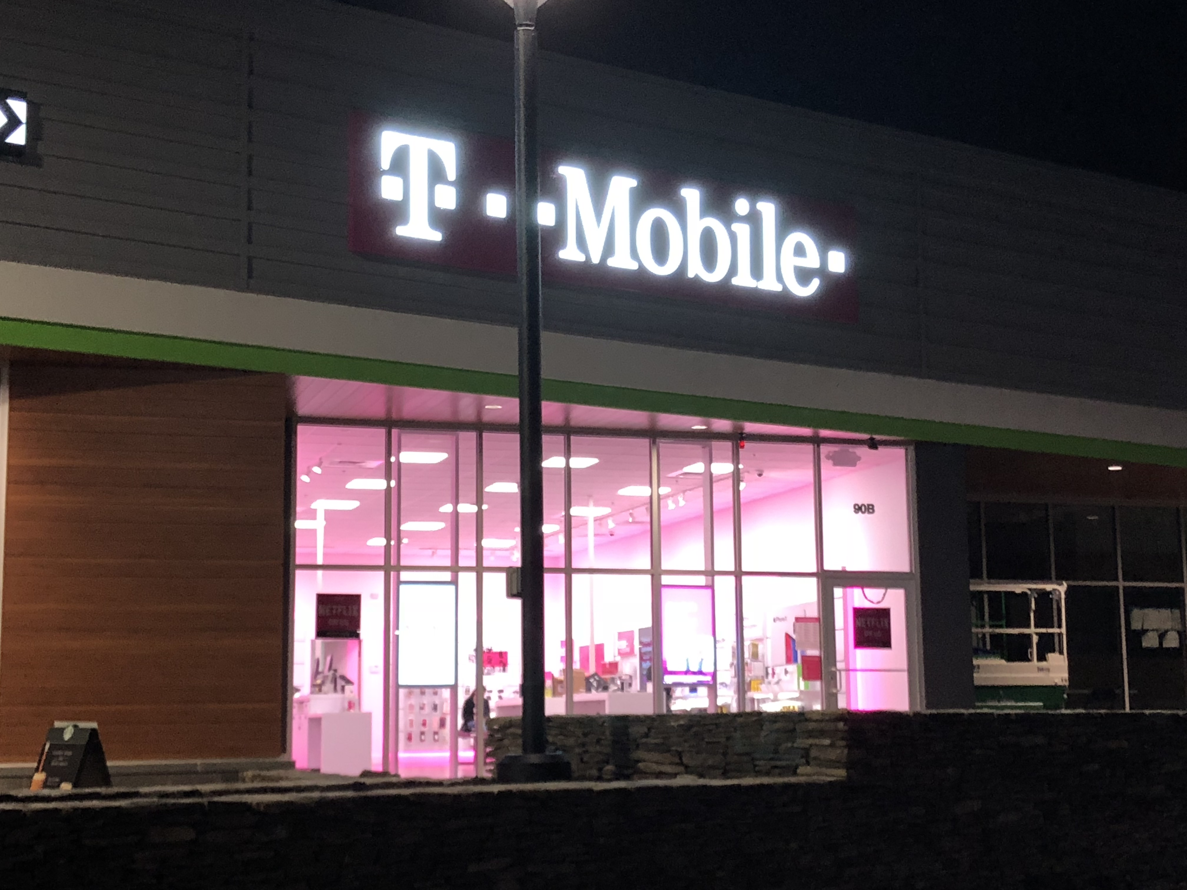 Marlborough MA T-Mobile, Apex Center
