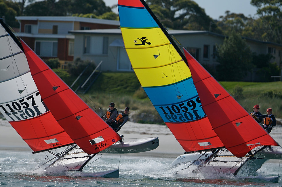 hobie16-action-02-full.jpg