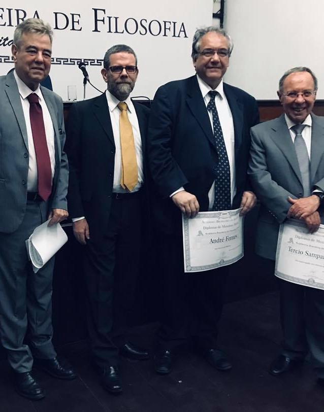 Acadêmicos Paulo Alcoforado, Edgard Leite, André Fontes, Tércio Ferraz.