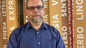 """Edgard Leite no Salão Carioca do Livro, discutindo seu livro """"Predadores"""""""