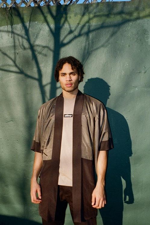 Vintage Mens Kimono with Mountain scene