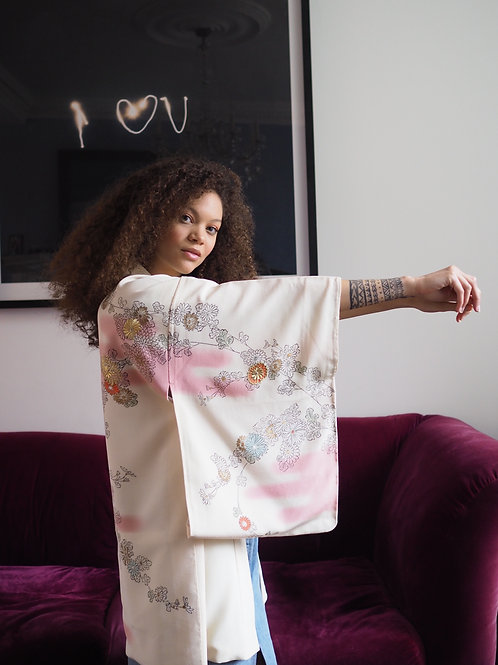 Pretty pink hand painted, vintage, embroidered kimono