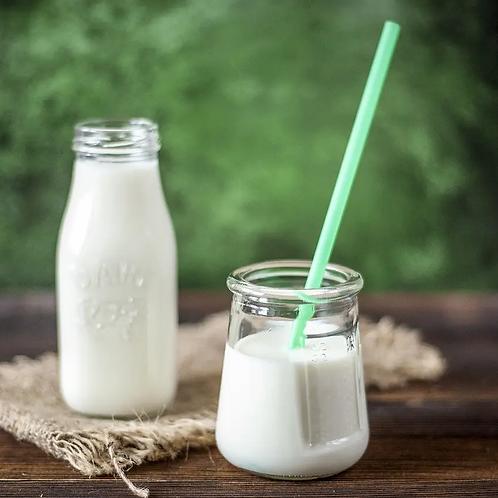 Fresh Raw Goat Milk