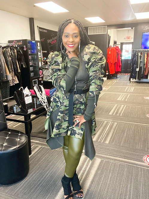Camouflage Puff Shoulder Peplum Jacket