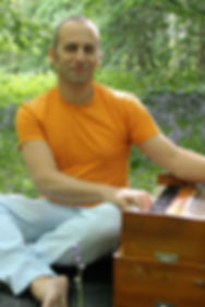 """Gavin Frank, Voice Coach, Kirtan Leader and Musician"""