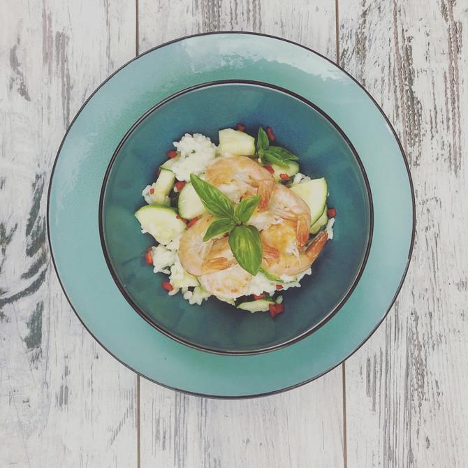 Zucchinirisotto mit Garnelen