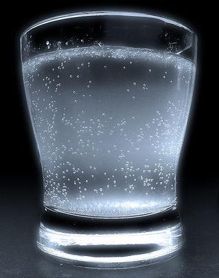 backlit-glas-carbonated.jpg