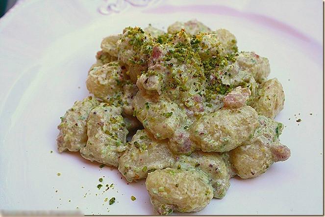 Gnocchi con zucca e pistacchi