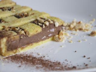 Torta di nocciole e crema al cacao