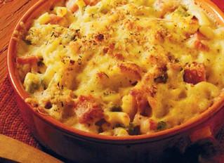 Pasta al forno con peperoncini e cipollotti