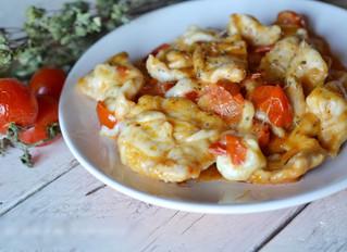 Bocconcini di pollo su purea di pomodori arrosto