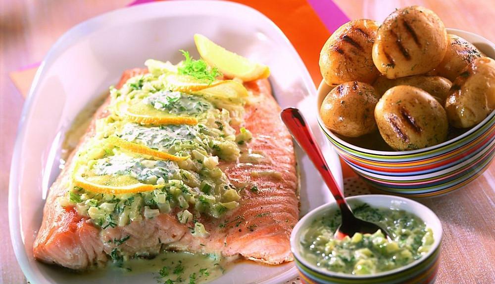 Salmone grigliato con crema di finocchio