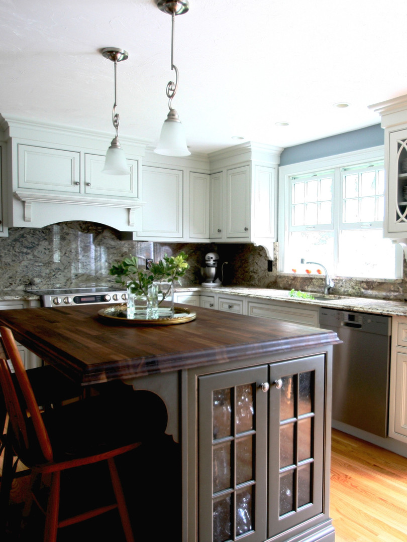 Hopkinton, MA Kitchen Remodel
